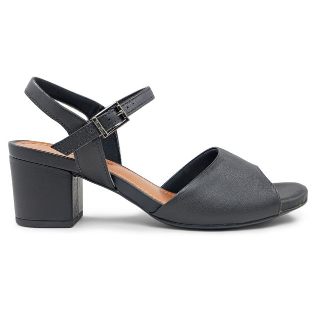 Sandália básica preta 33