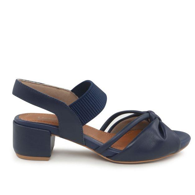 Sandália salto médio com elástico azul 34