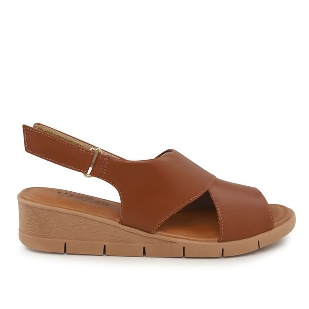 Sandália marrom canela com velcro 33