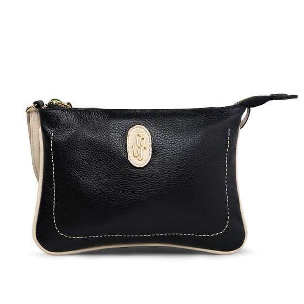 Bolsa tiracolo preta com costura enfeite