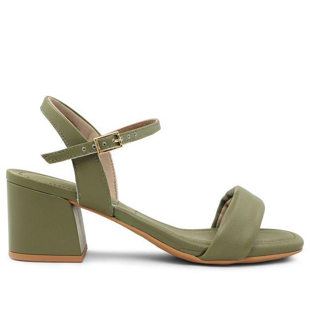 Sandália lisa verde militar com salto médio 33