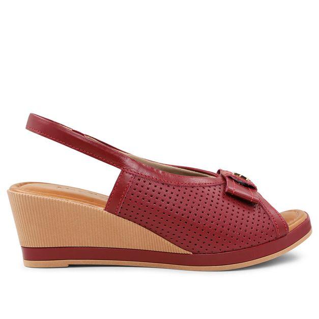 Sandália vermelha rebu com tope 33