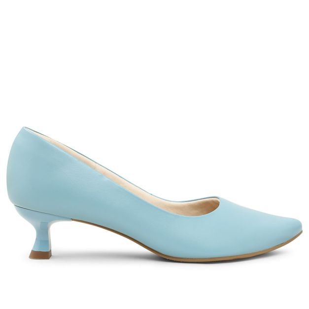 Scarpin azul claro com salto kitten heel 33