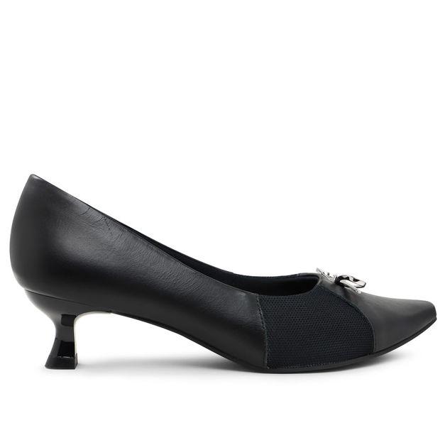 Scarpin preto kitten heel com lacinho 33
