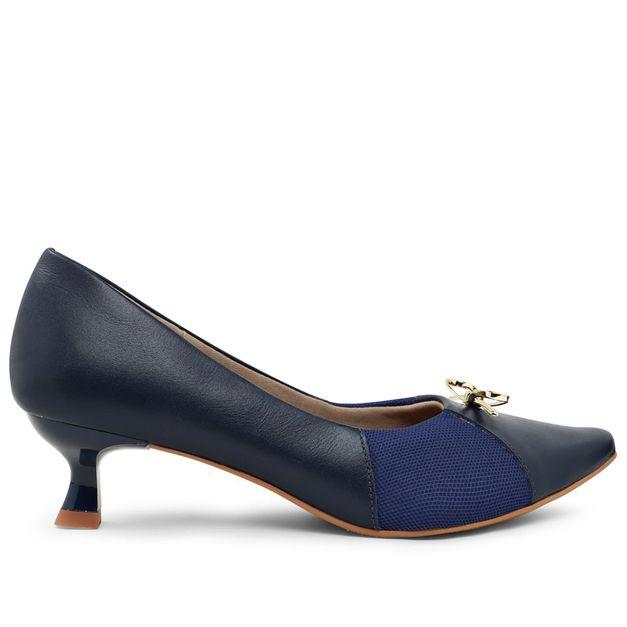 Scarpin azul kitten heel com lacinho 33