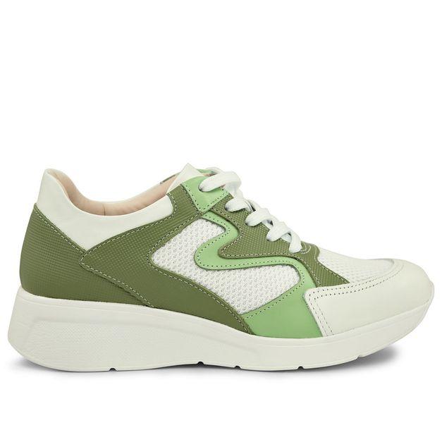 Tênis branco com verde 33